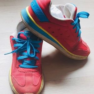 CROCS Women's Runners Size 9